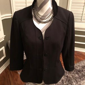 🌟WHBM Ladies Black Blazer🌟